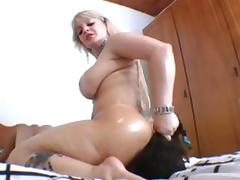 Dominant brazilian BBW fucks a smaller girl