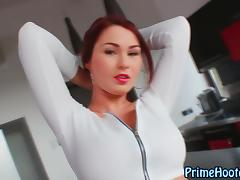 Big titted dido babe play