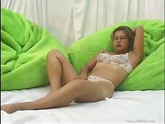 Tattooed solo model with natural tits drilling her cunt using a toy