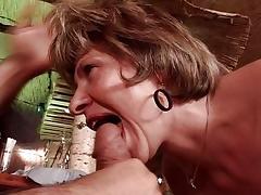 Mama lernt Arschficken
