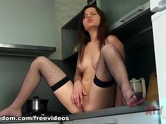 Amira : Masturbation Movie