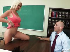 Bimbo babe with beautiful big tits fucks the teacher for his cum