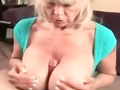 DIRTY TALKING BIG TITTED GRANNY