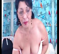 Mature brunette webcam slut