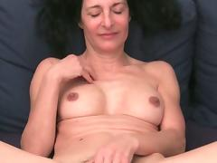 Emanuelle and Amanda masturbates in their couch