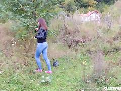 Teen slut Mara's nature walk turns into a pussy rubbing expedition