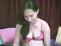 Amateur pregnant bitch on webcam