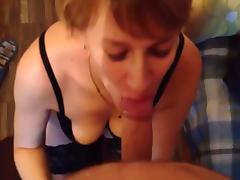 Amateur yummy short haired milf blowjob