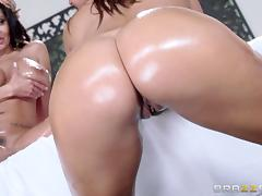 Deep anal play in a lusty lesbian massage between curvy girls