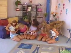 Zuzana Drabinova (Raylene Richards) in a lesbian orgy