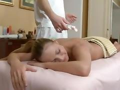 Round Assed girl Spreads Her Cheeks For Cream