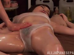 This lesbian masseuse delivers splendid massages