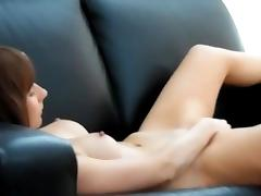 Elle me filme en cachette pendant que je me masturbe