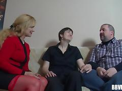 German mature couple invites a granny for a salacious threesome