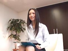 Sexy Aino Kishi masturbates on a desk as he watches