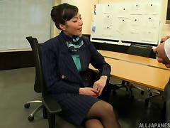 Sassy damsel feels great having her cooter sucked pending a thorough missionary fucking