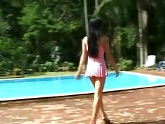 Outdoor fun with a brunette tranny bitch