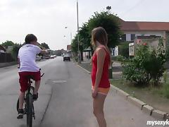 Teen couple doggystyle and missionary fucking outdoors