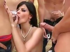 Alicia gang team fuck 5 men in forest glade