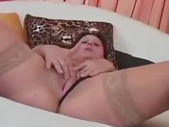 Amateur Mom Simona Fucks Younger Guy