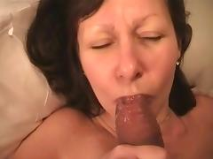mature wife licks hubby's glans and spils nothing