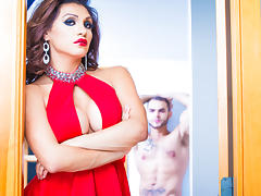David Chase & Sunday Valentina in Jessy Dubai, TS Superstar Video