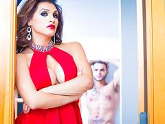 David Chase & Sunday Valentina in Jessy Dubai, TS Superstar Video