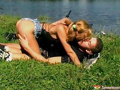 Well stacked blonde teen gets fucked hardcore outdoors by her horny stud