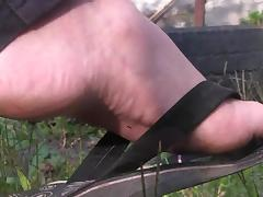 Shoes barefeet