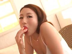 Reon Otowa, Asian model, endures hardcore threesome