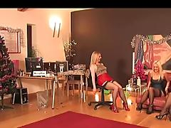 :- THE NAUGHTY FEMDOM PARTY -: ukmike video