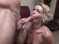 Kinky mature cougar fucks really good (TOP MATURE)