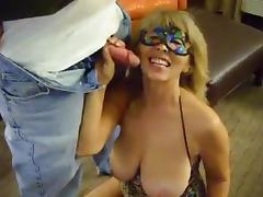 Big tit southern wife likes sucking stranger's cock!