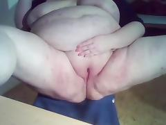 SSBBW masturbates her horny fat pussy and squirts