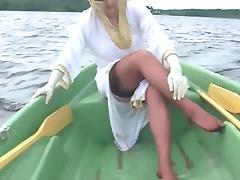 Boating In Nylons
