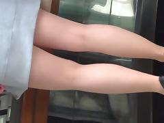 I love sunny days tan nylon pantyhose legs