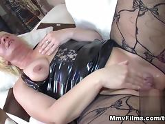 Chubby Bbw Loves Cum On Her Pussy Video - MmvFilms