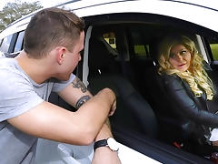 Nikki Capone & Brad Hart in Getting it in - MilfHunter