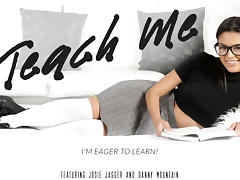 Josie Jagger & Danny Mountain in Teach Me Video