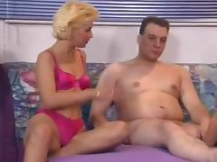 Amateur couple casting in threesome