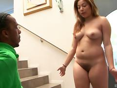 Chubby babe Daisy is ready for her very first interracial adventure