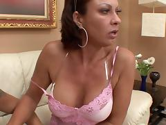 Naked milf Vanessa Videl is damn good at jerking off a cock