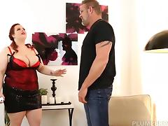 BBW Jordynn Luxxx Get Spanked and Fucked by Stepdaddy Tony D
