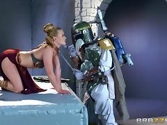 Star Wars hero decides to give the sexy chick a good pussy drilling