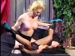 Gorgeous retro shemale penetrates the pussy of her very best friend