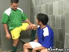 Horny Gay Rawpapi and Hard Barebacking Sex