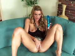 Leggy Blonde Mia Presley Using Dildo