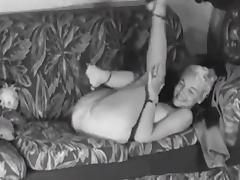 COUCH STRIP - vintage big boobs blonde teases 50s heels