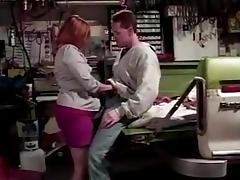 Chubby mature paying her mechanic in kind