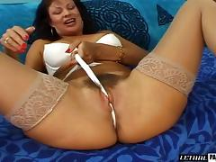 Woman with a hairy cunt adores bouncing on a hard boner